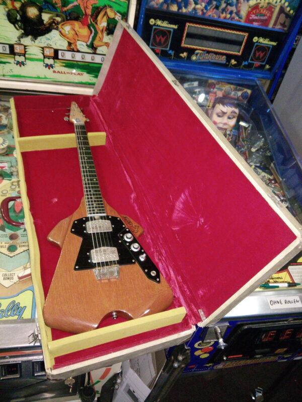 Flyte Guitar